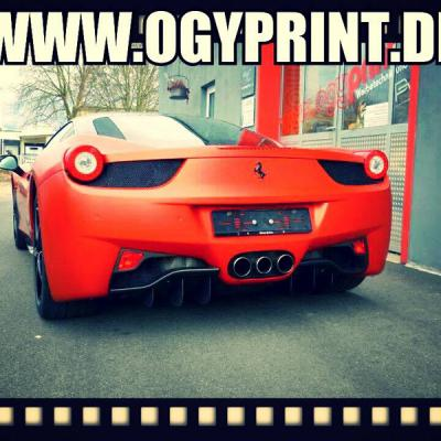 Ferrari 458 Anodized Red Hinten